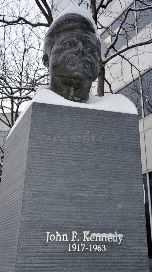 JFK古铜雕象 库存照片