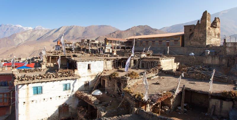 Jharkotdorp, de bergen van Nepal Himalayagebergte royalty-vrije stock afbeeldingen