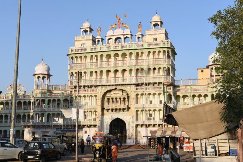 Jhunjhunu, Ràjasthàn, Inde : Le 3 octobre 2015 : Le temple indien de Dieu de Sati de divinité au Ràjasthàn Sati est une coutume f photo stock