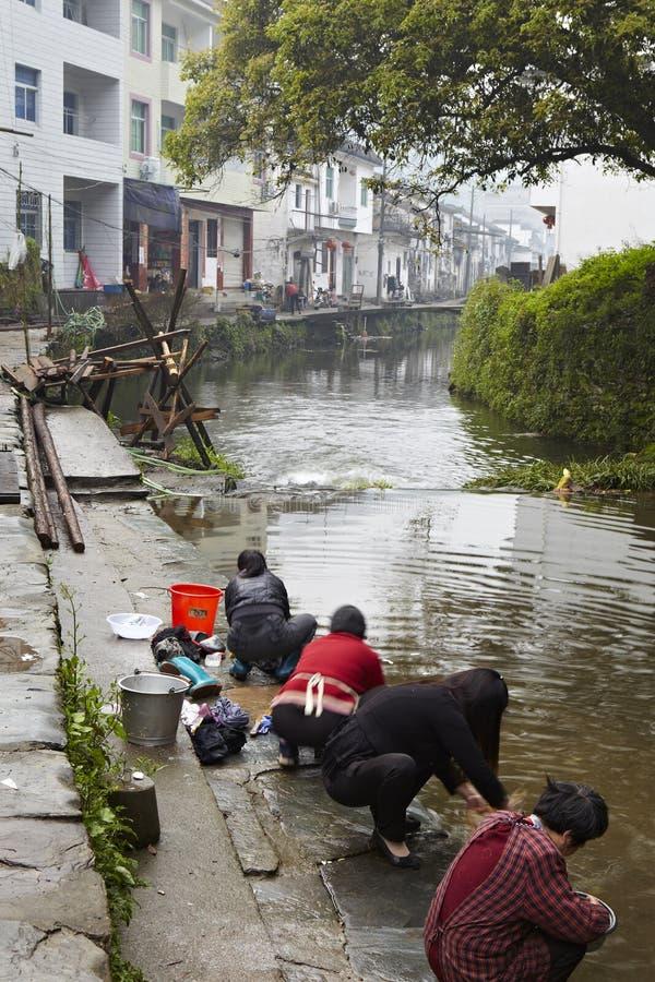 Jiangxi, porcelaine : la vie dans un petit village photos stock