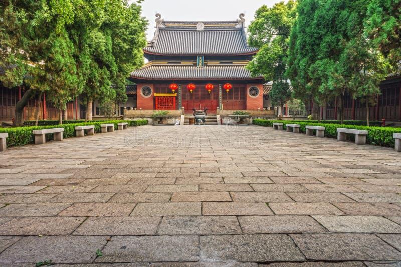 Jiangyin tempel royaltyfria bilder