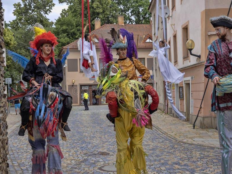 JIHLAVA CHECO REPÚBLICA 22 de junio 2019, el desfile de Haví?ov, cuentos de hadas, el 22 de junio vigésimo, Jihlava, República Ch imagenes de archivo