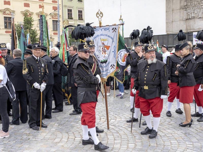 JIHLAVA CHECO REPÚBLICA 22 de junio 2019, el desfile minero, el 22 de junio vigésimo, Jihlava, República Checa imágenes de archivo libres de regalías
