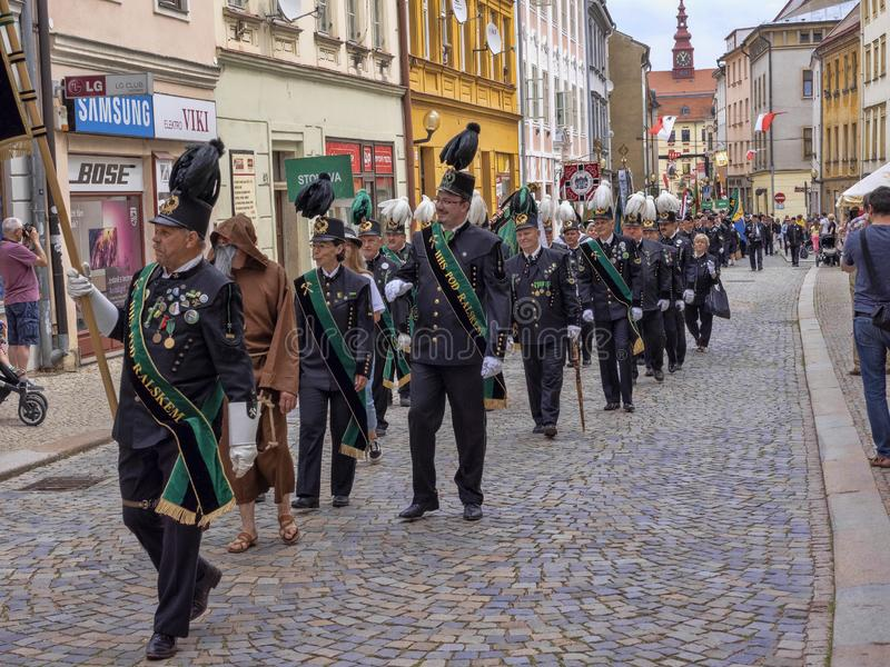 JIHLAVA CHECO REPÚBLICA 22 de junio 2019, el desfile minero, el 22 de junio vigésimo, Jihlava, República Checa fotos de archivo libres de regalías