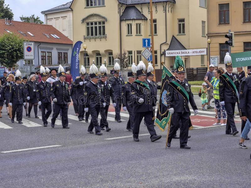 JIHLAVA TSJECHISCHE REPUBLIEK 22TH JUNI 2019, de Mijnbouwparade, 22 Juni twintigste, Jihlava, Tsjechische Republiek royalty-vrije stock fotografie