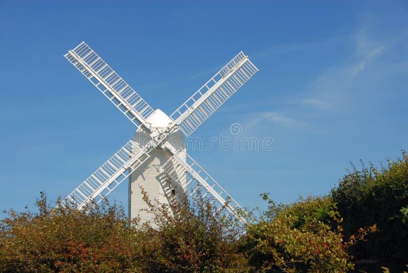Jill Windmill, uno de los molinos de viento Clayton en South Downs Way en West Sussex cerca de Brighton, Inglaterra, Reino Unido imagenes de archivo