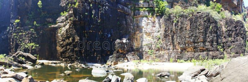 Jim Jim Falls en el parque nacional de Kakadu, Territorio del Norte, Australia imagenes de archivo