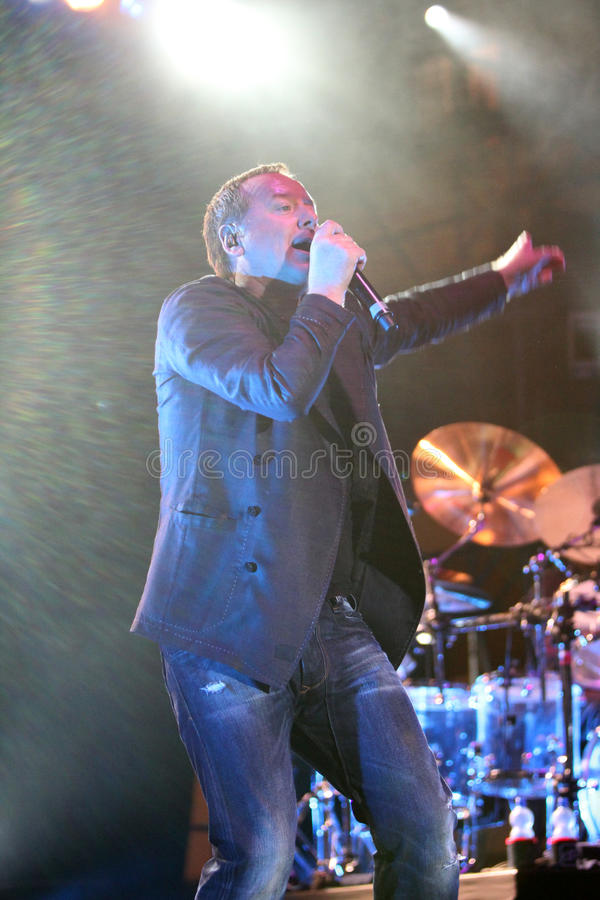 Download Jim Kerr Of Simple Minds, Live Concert Editorial Photography - Image: 15455157