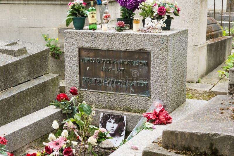Jim Morrison grobowiec przy Pere Lachaise cmentarzem, Paryż, Francja obraz royalty free
