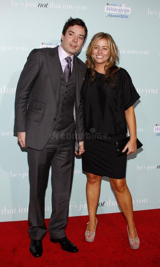 Jimmy Fallon en Nancy Juvonen royalty-vrije stock foto