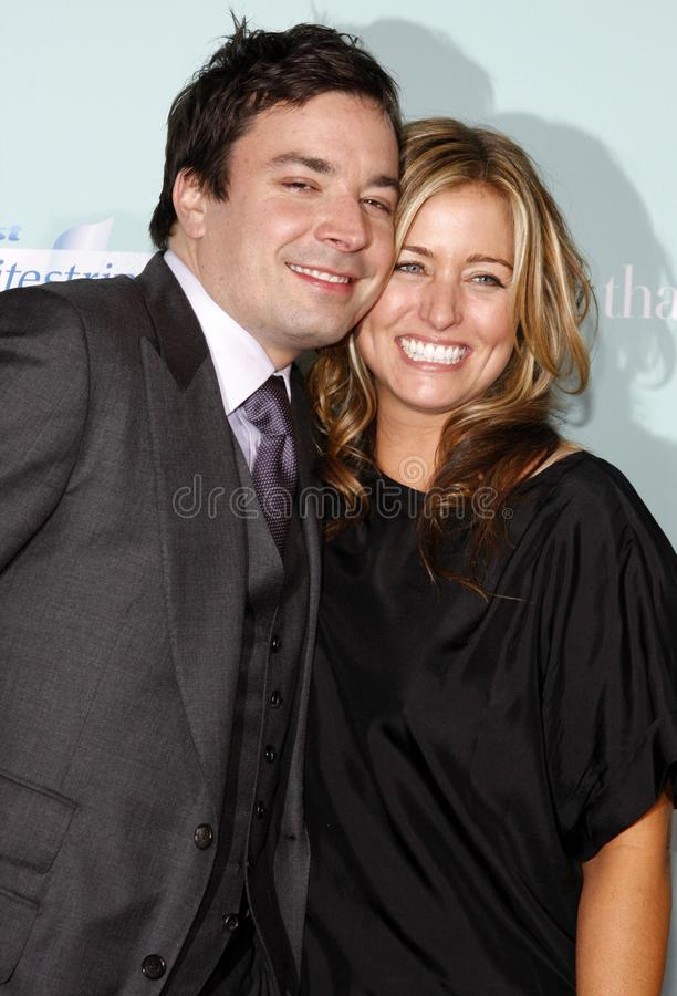 Jimmy Fallon och Nancy Juvonen royaltyfri foto