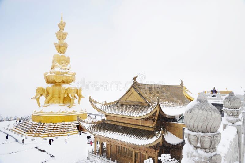 Jinding Tempel und Puxian Buddha von MT.Emei lizenzfreies stockfoto