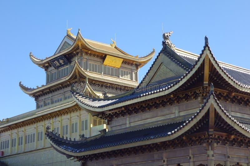 Jinding Tempel von MT Emei lizenzfreie stockfotos