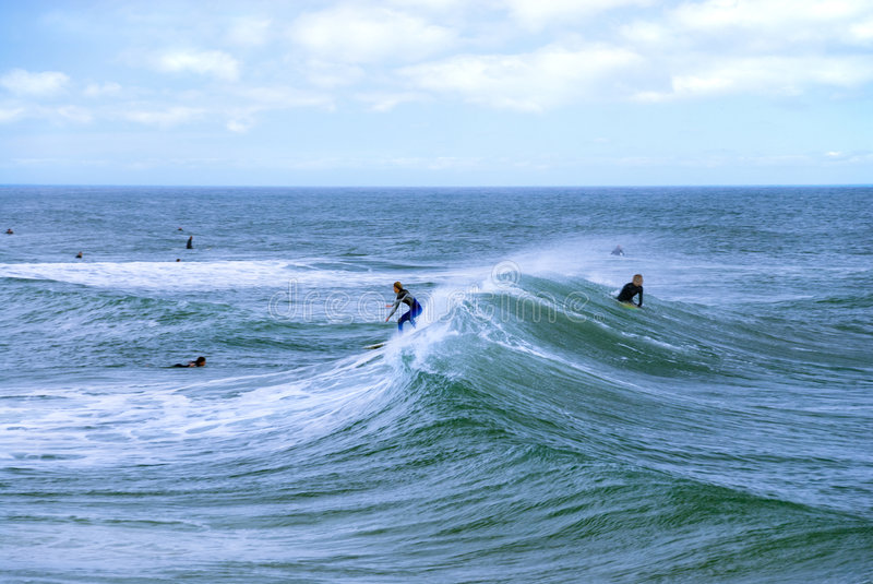 Jinetes de la onda imagen de archivo libre de regalías