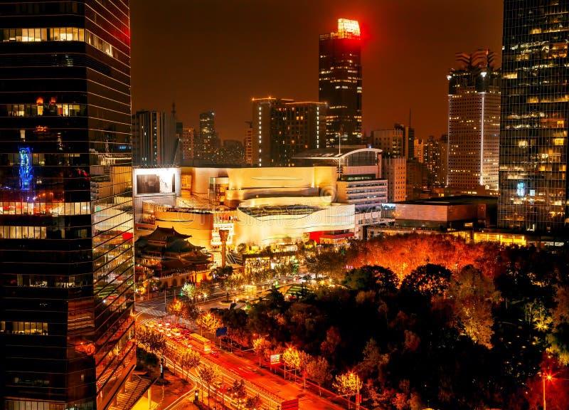 Jing寺庙公园南京街道大厦上海中国 库存照片