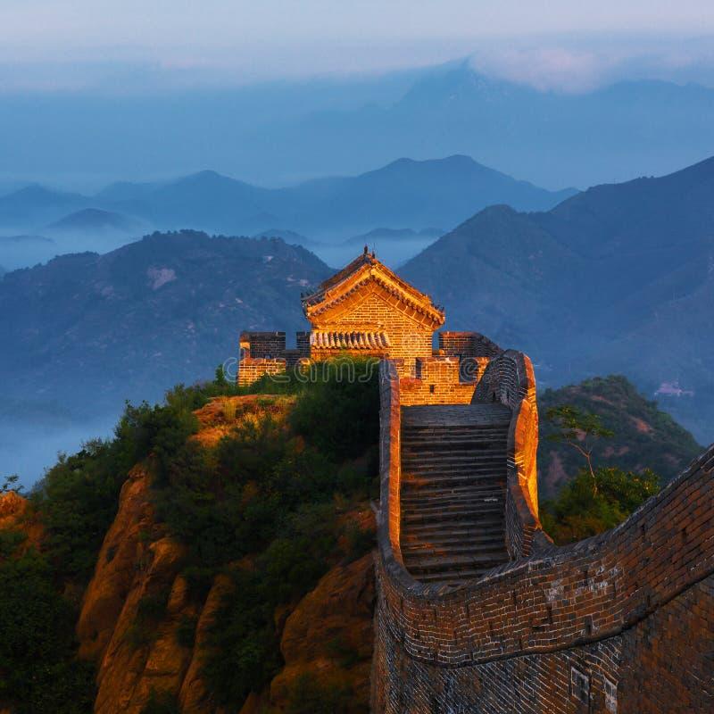 jinshanling长城的日出 免版税图库摄影