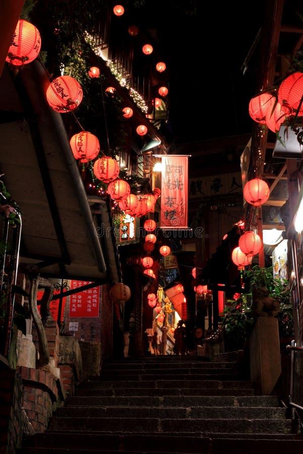 Jioufen, noite, bebida vermelha, ruas fotos de stock