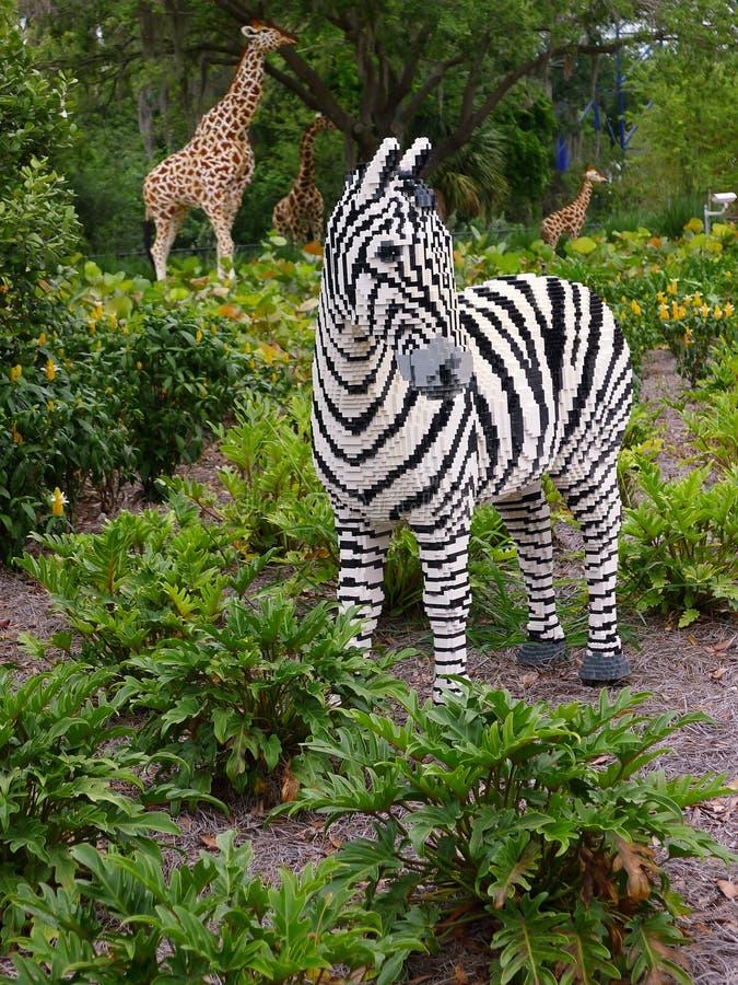 Jirafa de la cebra de los animales del safari de Legoland la Florida fotografía de archivo libre de regalías