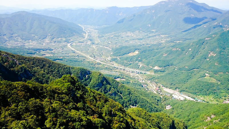 Jirisan-Gebirgsdraufsicht lizenzfreies stockfoto