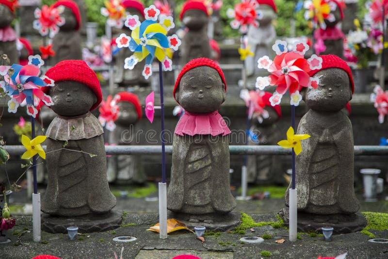 Jizostandbeelden bij Shiba-park in Tokyo royalty-vrije stock afbeelding