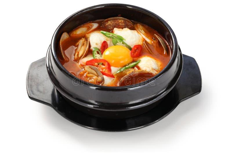 Jjigae Sundubu, корейская кухня стоковые изображения