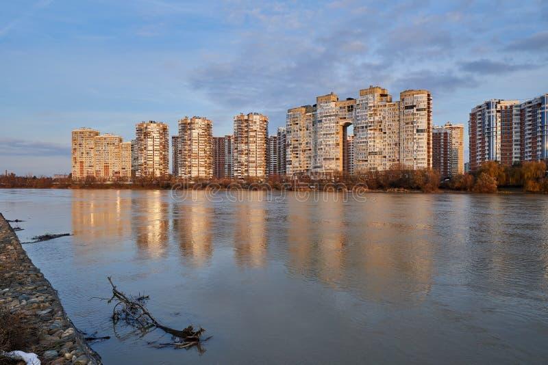 JK Novyj Gorod Wspaniały jesień widok kompleks klasa business budynki mieszkalni z wszystkie infrastrukturą fotografia stock