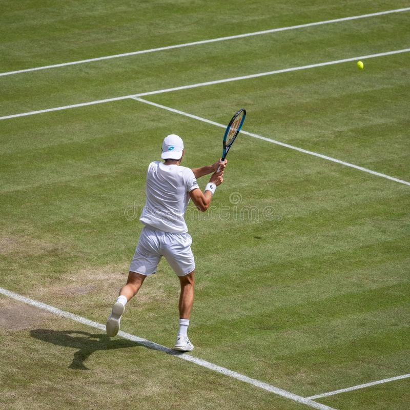 Joao Sousa på Wimbledon fotografering för bildbyråer