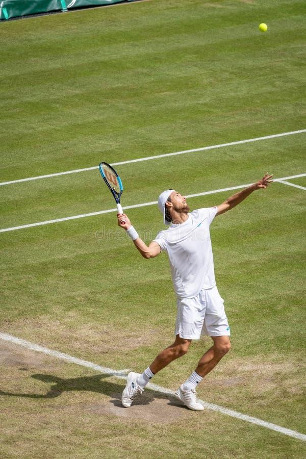 Joao Sousa på Wimbledon arkivfoton