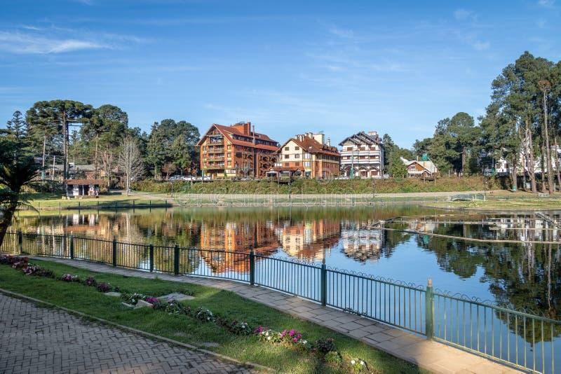 Joaquina Rita Bier Square e lago - Gramado, Rio Grande do Sul, Brasile fotografia stock