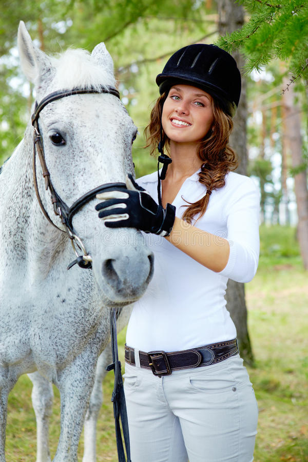 Jockey und Pferd stockfotos