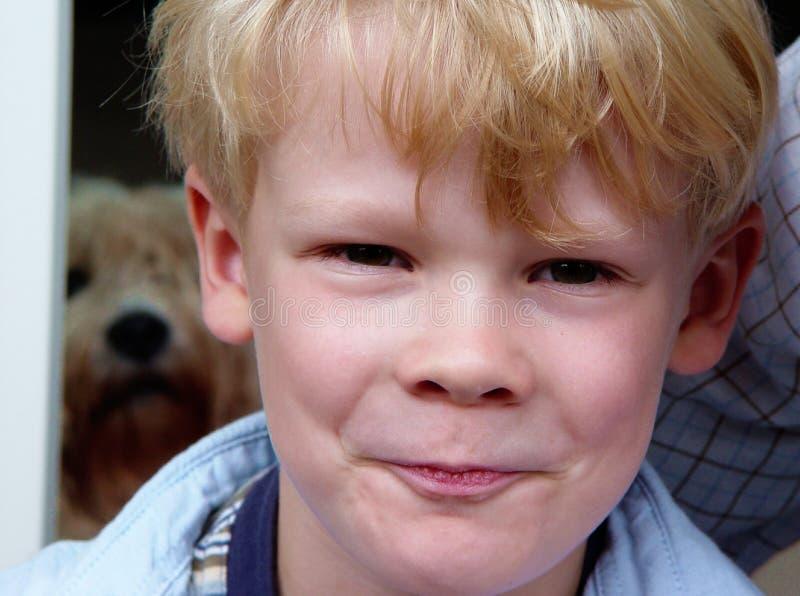 jocular pojke arkivfoto