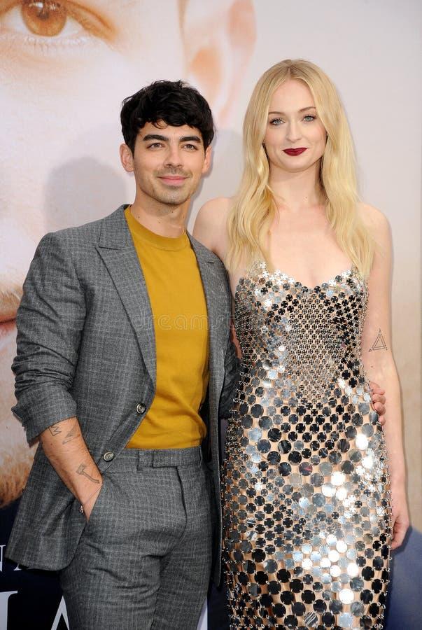 Joe Jonas en Sophie Turner stock fotografie