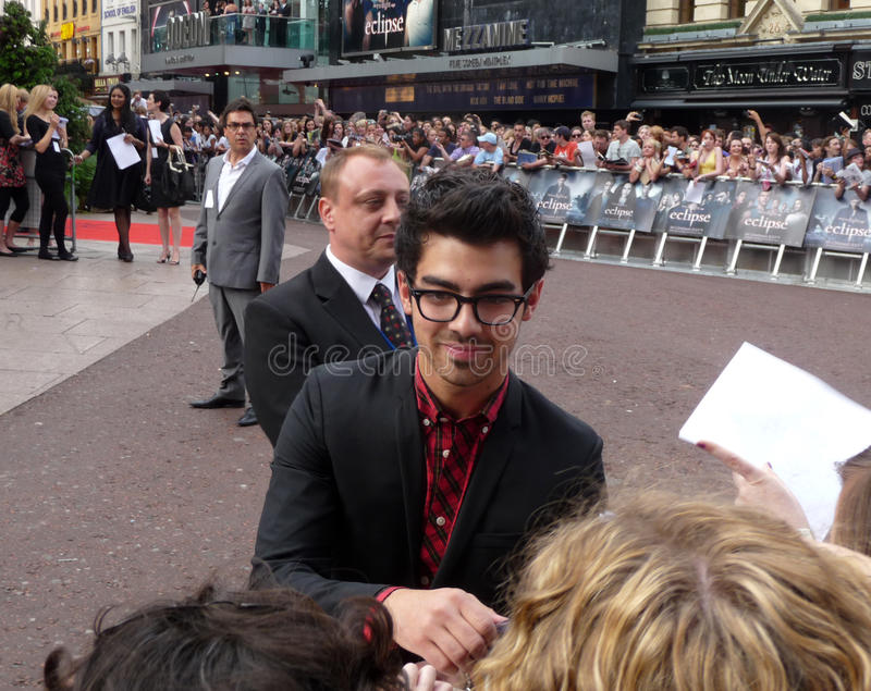 Joe Jonas At Twilight Eclipse Premiere Editorial Photography