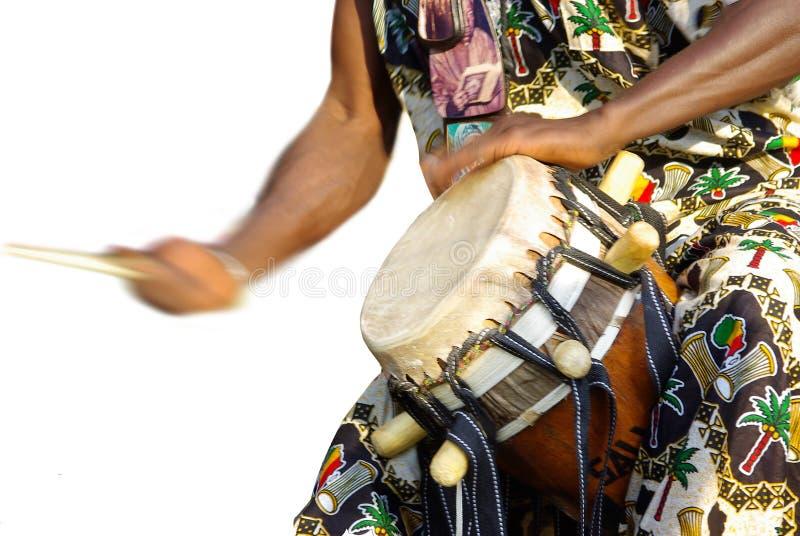 Jogador africano tradicional do cilindro fotografia de stock