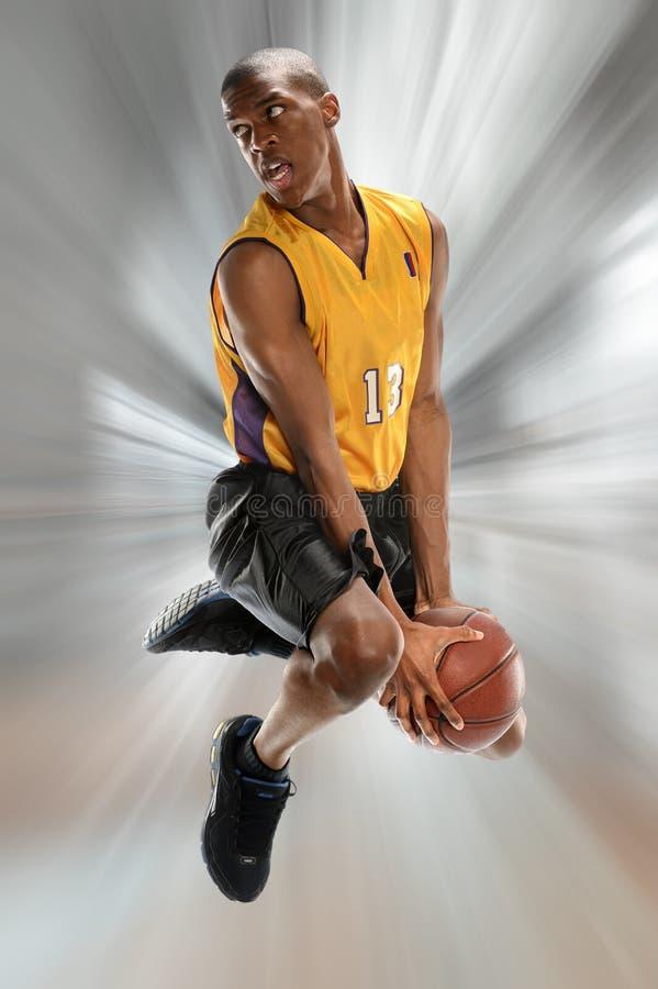 Jogador de basquetebol na ação imagens de stock royalty free