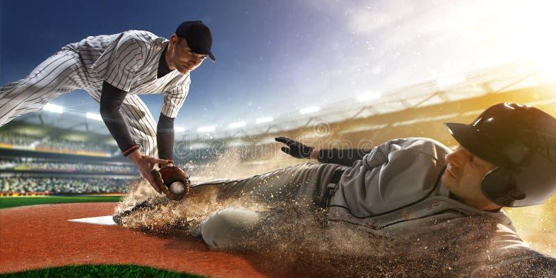 Jogador de beisebol dois na ação fotos de stock royalty free