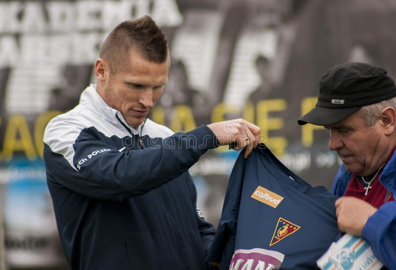 Jogador de futebol de Marcin Robak do Polônia de Pogon Szczecin fotografia de stock royalty free