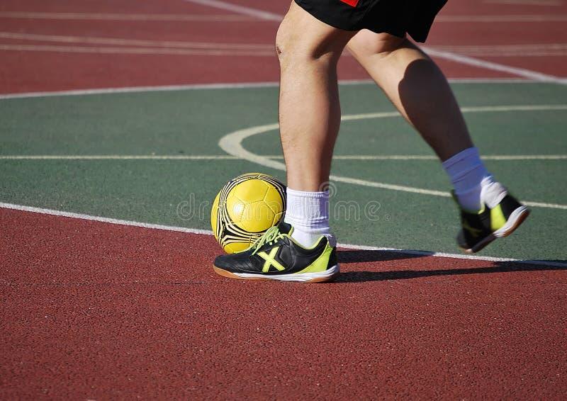Jogador de futebol interno fotos de stock royalty free