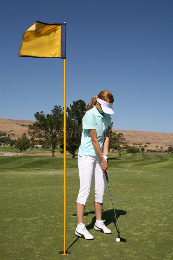Jogador de golfe da mulher imagens de stock royalty free