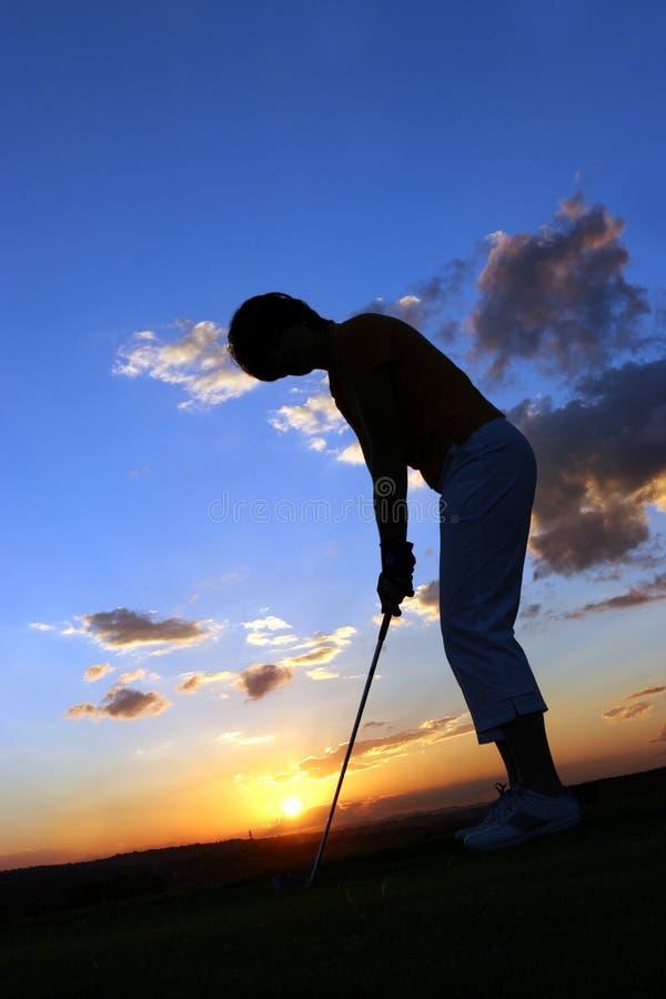 Jogador de golfe da senhora fotografia de stock royalty free