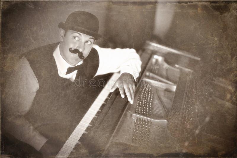 Jogador de piano do vintage imagens de stock royalty free
