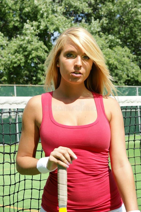 Jogador de tênis louro da mulher imagem de stock