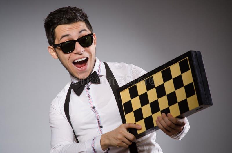 Jogador de xadrez engraçado fotografia de stock royalty free