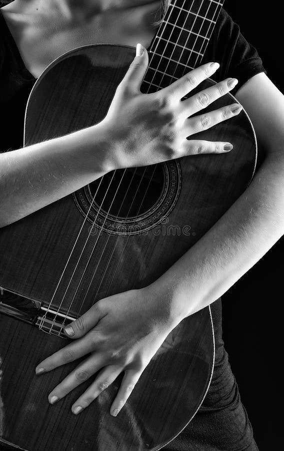 Jogando o violino fotos de stock royalty free