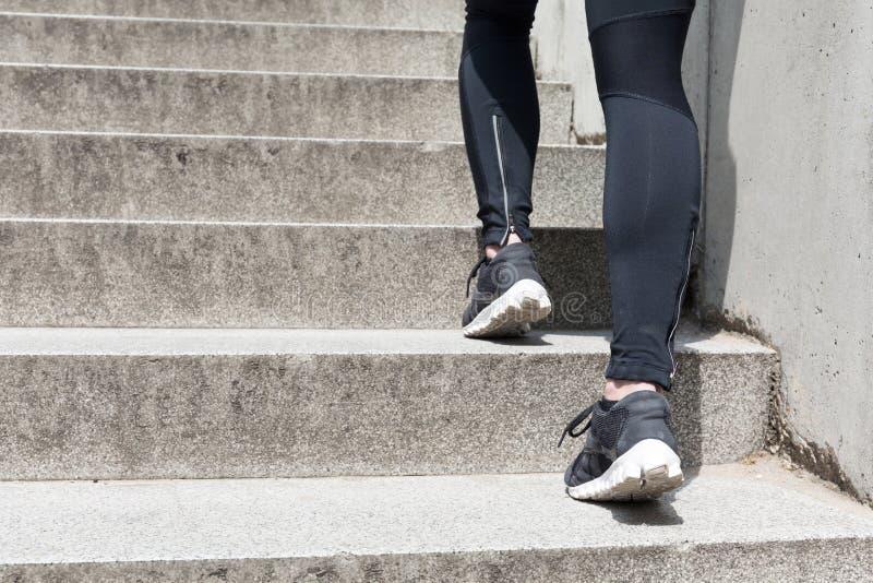 Jogga på trappan arkivfoton
