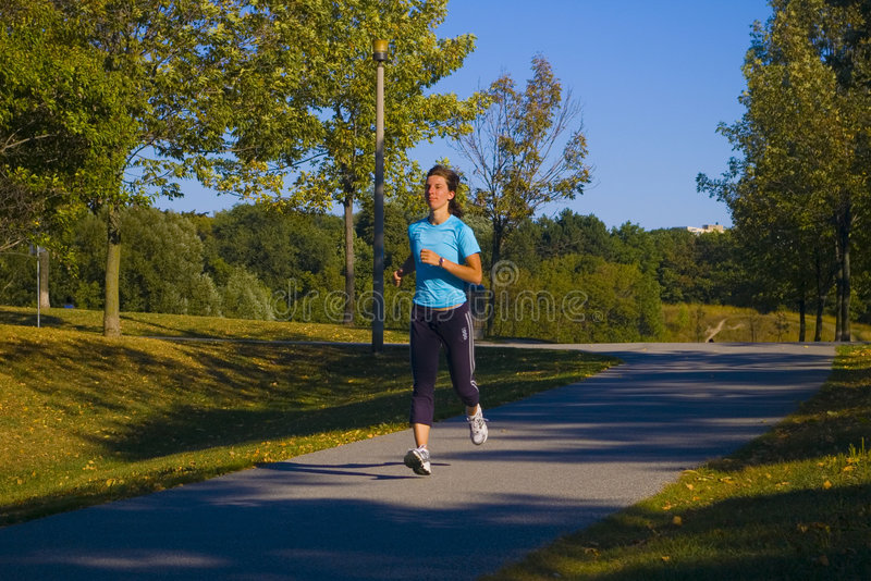 jogger πάρκο στοκ φωτογραφία με δικαίωμα ελεύθερης χρήσης