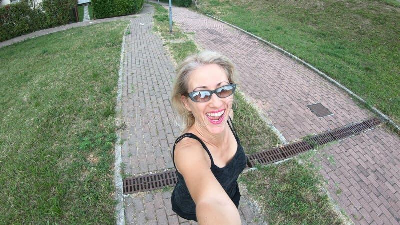 Jogging selfie женщины стоковое изображение rf