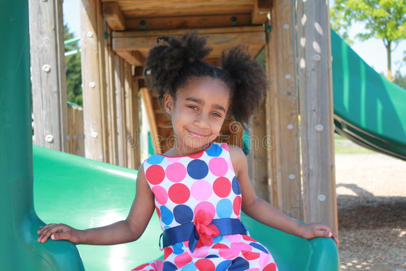 Jogo africano da menina de Ameican imagem de stock