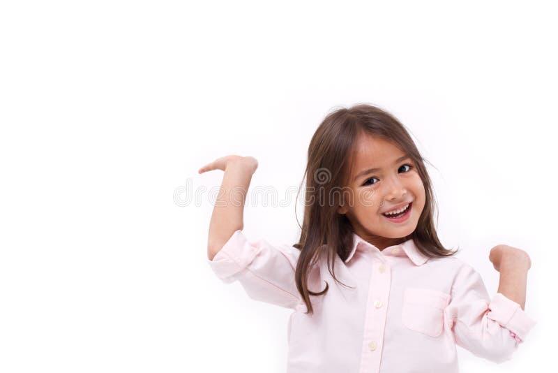 Jogo caucasiano asiático fêmea feliz, sorrindo da criança foto de stock royalty free