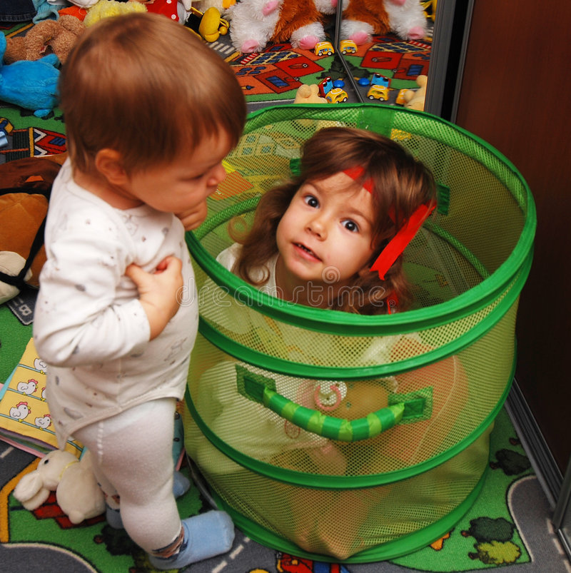 Jogo das crianças imagens de stock royalty free
